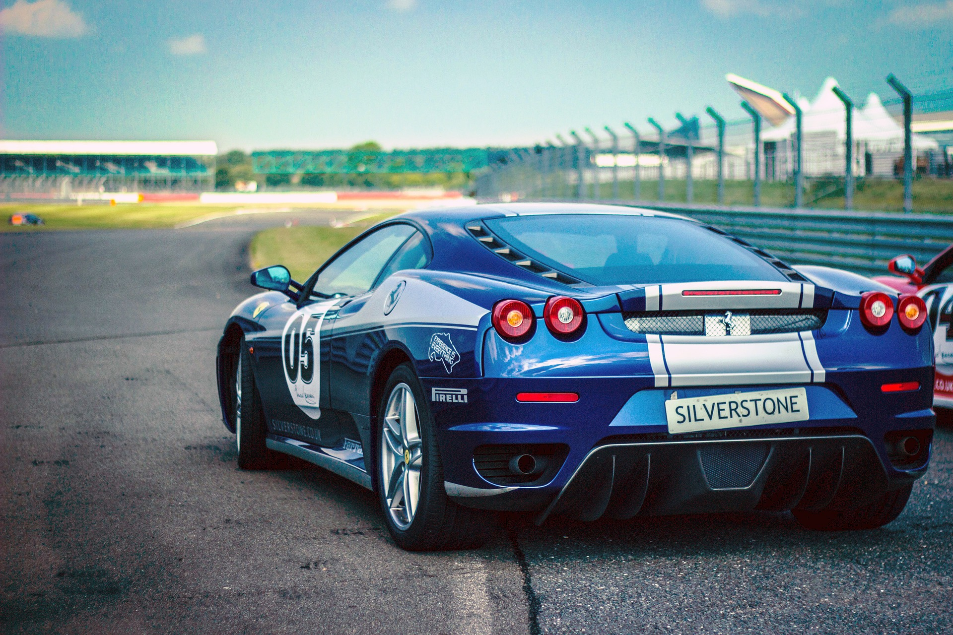 Track days and luxury car hire London